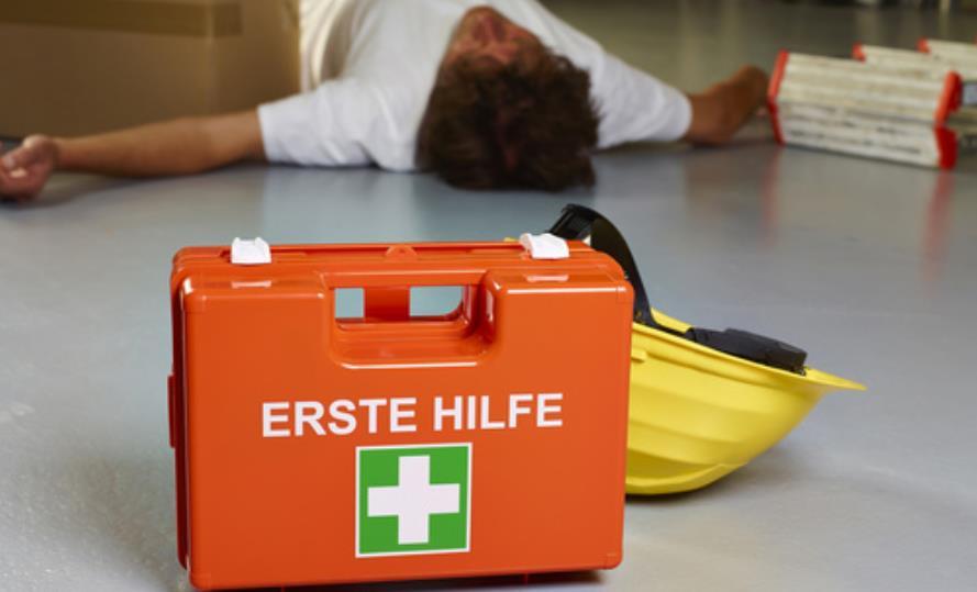 Erforderliche Unterweisungen in Erste Hilfe und Brandschutz