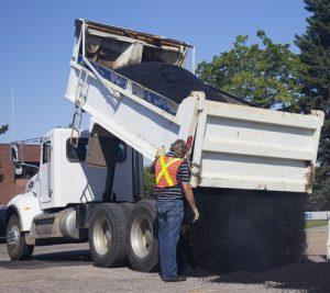 1×1 der Baustellensicherheit – Maschinenführung von Straßenbaumaschinen