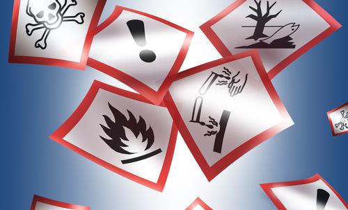 Unterweisung: Umgang mit Gefahrstoffen
